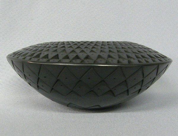 """1016: Mata Ortiz Pottery Bowl by Lucia Quezada 7"""""""