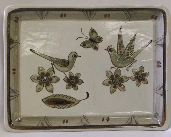 1240A: Mexican Tonola Glazed Dish ''El Palomar'' 8''x10