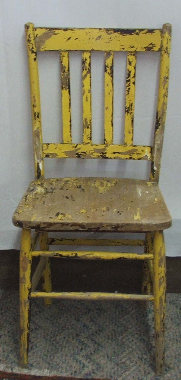 1063A: 4 Primitive Mexican Hand Painted Chairs 36Hx17Wx - 4