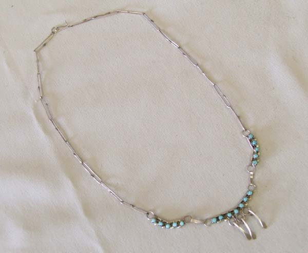 1204: Zuni Delicate Silver & Turquoise Bead  16''
