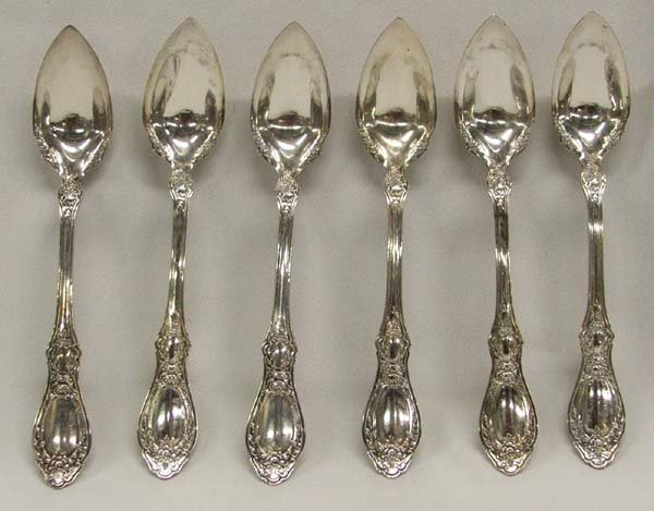 1219A: 6 1910 Silverplate Citrus Spoons 6''