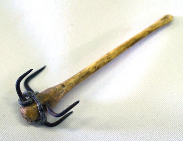 Antique Alaskan Bone Fish Hook 3''
