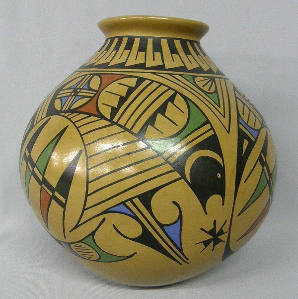 Mata Ortiz Pottery By Elfida Tena 9.3/4'' x 9 3/4''
