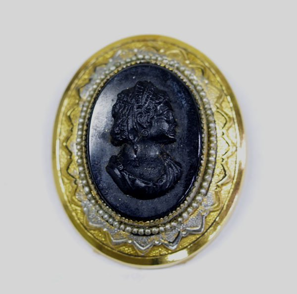 1316A: Estate Black Cameo Brooch with Pearl Bezel  2x1.
