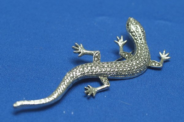 Silver Lizard Pin with Marcasite Eyes 3.5''