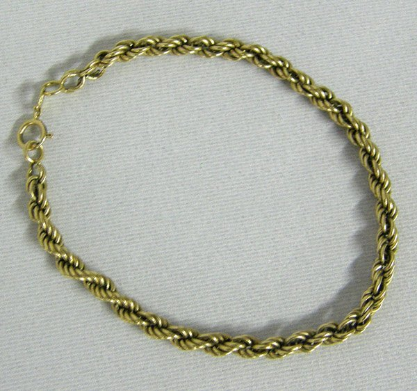 1022: 14Kt Gold Braided Rope Bracelet