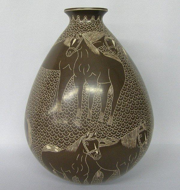 Mata Ortiz Horse Pottery Olla by Ledezma
