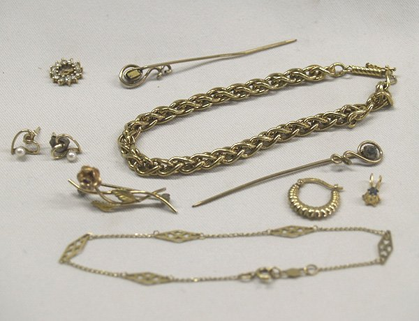 Estate Gold & Diamond Jewelry & Findings