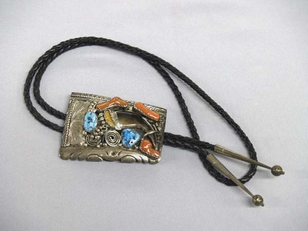1322B: 1950s Pawn Navajo Silver Bear Claw Bolo Tie