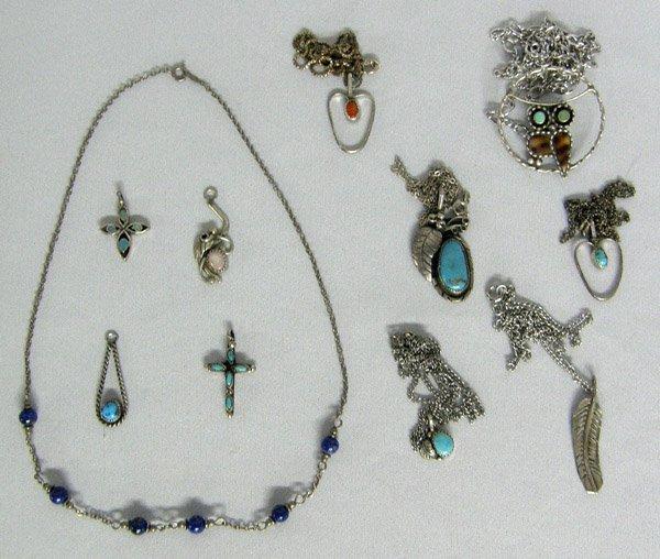 11 Navajo Necklaces & Pendants plus