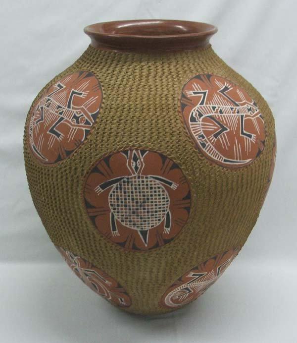 Museum Size Mata Ortiz Pottery By Esperenza Tena