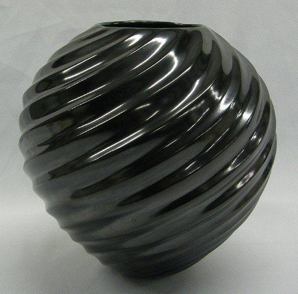 Museum Quality Mata Ortiz Swirl Jar by C Ortiz