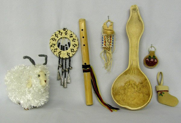Mixed Lot Of Miscellaneous Navajo Collectibles