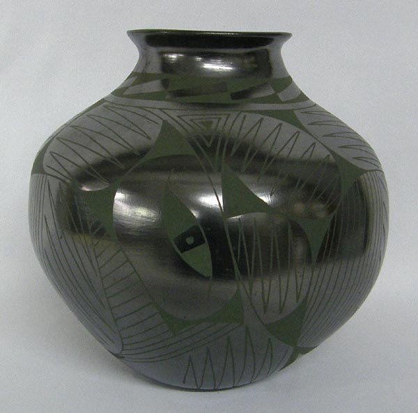 Mata Ortiz Pottery Jar by Lucie Sota