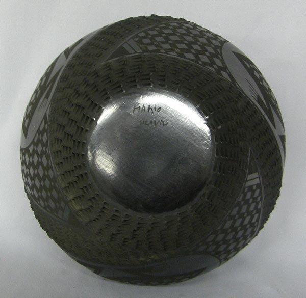 Mata Ortiz Black Textured Pottery by Mario Olivas - 4
