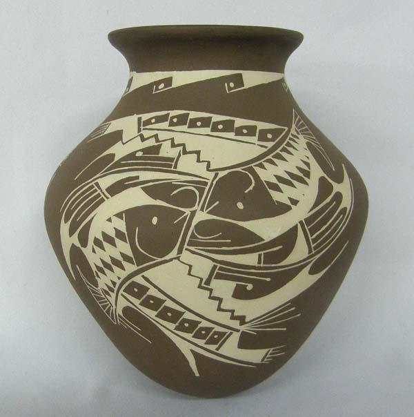 Mata Ortiz Pottery by Rafaela Madrigal