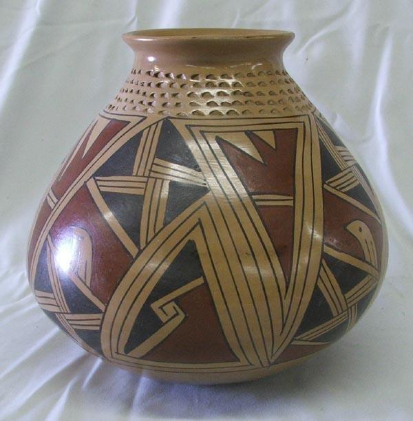 Mata Ortiz Polychrome Pottery by Genoveva Sandoval