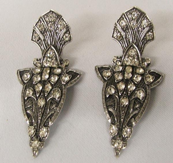 Estate Rhinestone Clip On Earrings