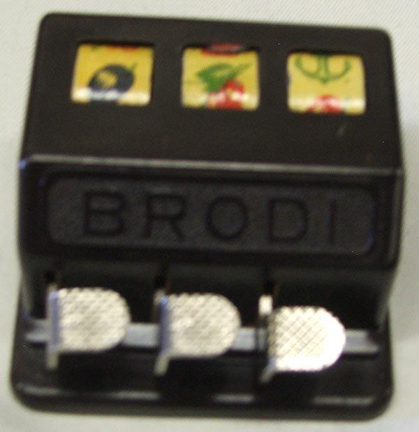 Vintage Gambler's Traveling Kits and Games - 4