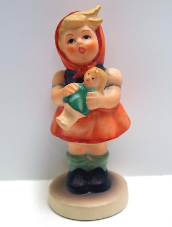 1967  Hummel Girl With Doll #239