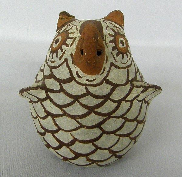 Zuni Vintage Pottery Owl Hallmarked NB