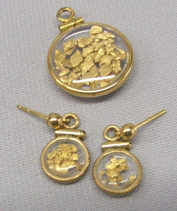 Gold Flakes Pendant, Matching Earrings