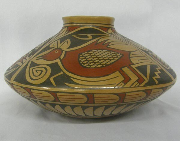 Mata Ortiz Polychrome Jar by Daniel Gonzales