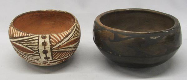 2 Vintage Santo Domingo and Isleta Pottery Bowls