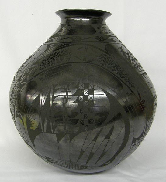 Mata Ortiz Museum Quality Black Pot by M Bugarini