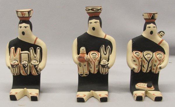 3 Jemez Chinana Pottery Storytellers