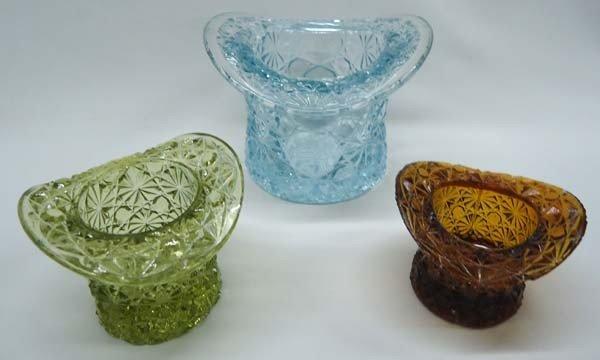 3 Fenton Glass Button & Daisy Toy Hats - 2