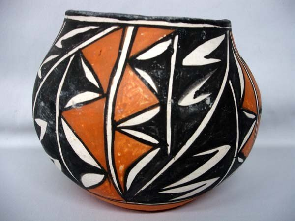 1960's Native American Acoma  Traditional Pottery Jar