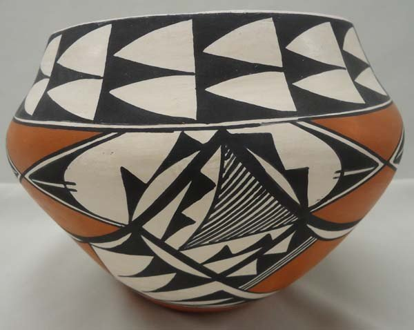 Native American Acoma Pottery By Brenda Charlie