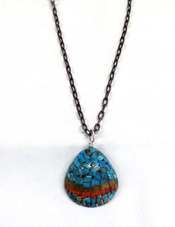 Native American Santo Domingo Shell Necklace