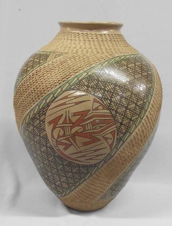 Mata Ortiz Museum Quality Lizard Jar