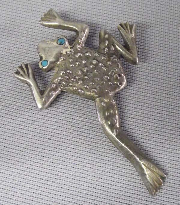 Vintage Sterling Silver Cast Frog Pin