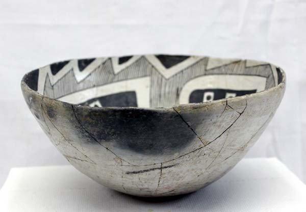 Prehistoric Reserve Black on White Geometric Bowl - 2