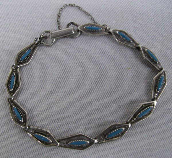 Navajo Vintage Chain Bracelet With Turquoise