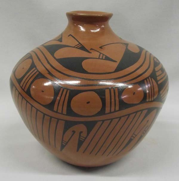 Mata Ortiz Pottery - Lucie Sota