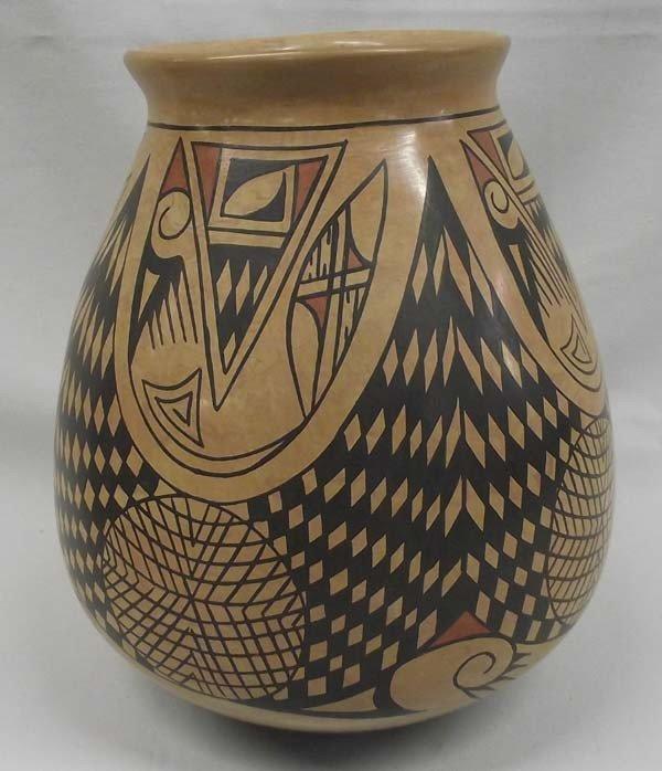 Mata Ortiz Polychrome Pottery - Tito Enriquez