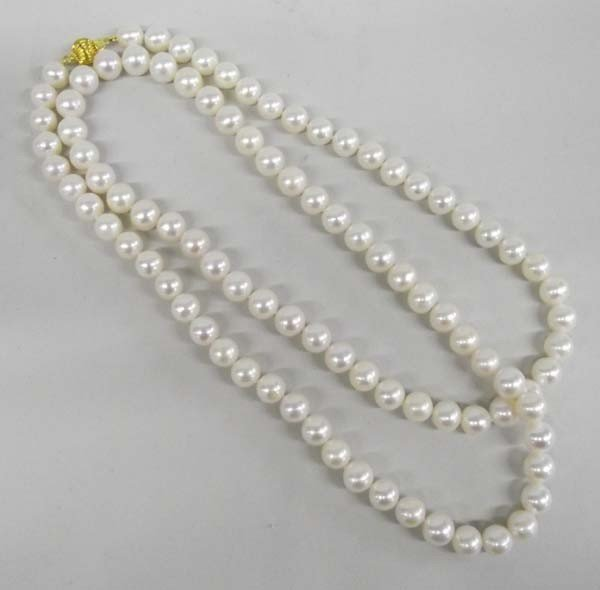 Fresh Water 9 mm Pearl Necklace