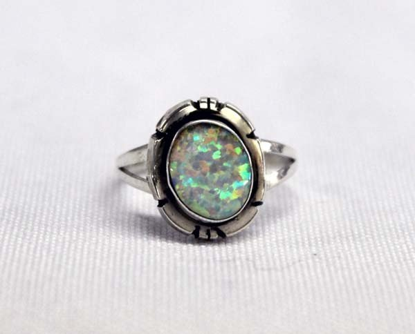 Navajo Sterling Silver Opal Ring Size 6 3/4