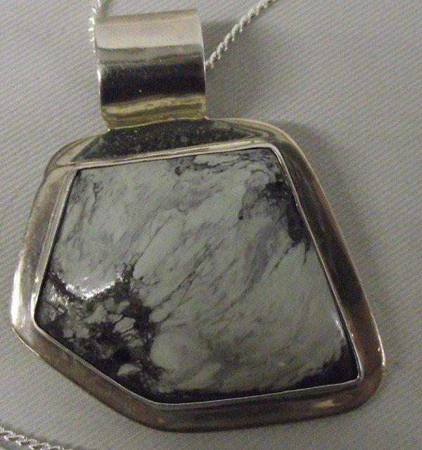 Sterling Silver Serpentine Pendant Necklace