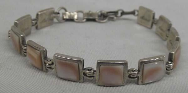 Mother of Pearl link bracelet