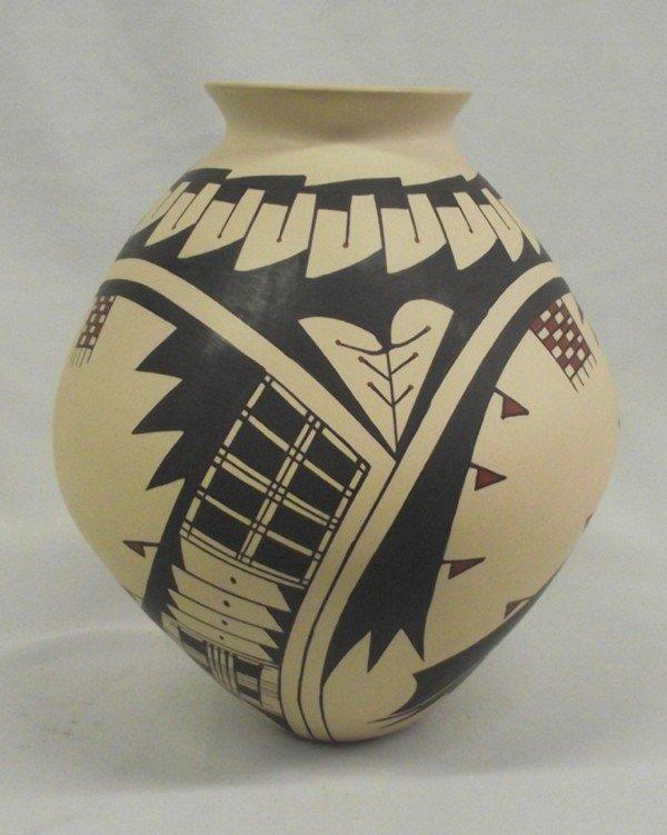 Mata Ortiz Polychrome Jar - Jose Villa