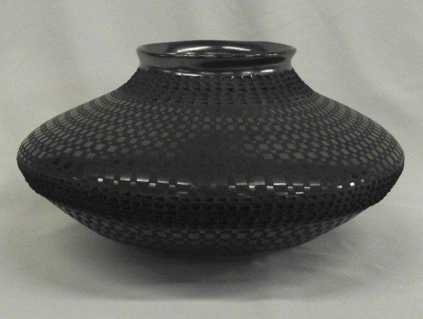 Mata Ortiz Black on Black Large Bowl - L Soto