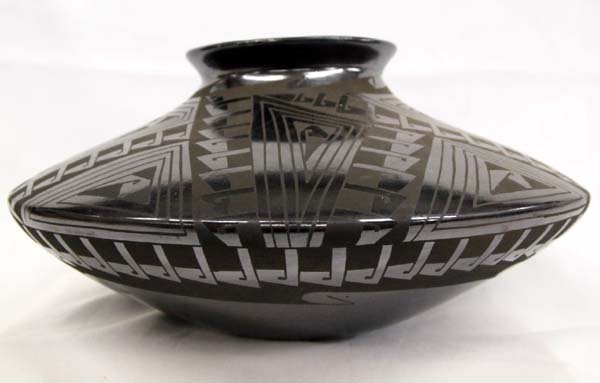 Mata Ortiz Black on Black Bowl - Lucie Soto
