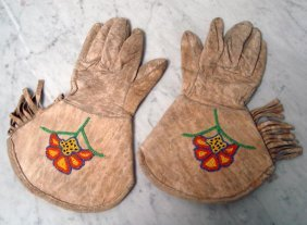 Mid-1900's Plateau Beaded Gauntlets