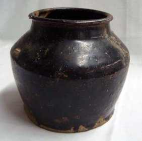 1900s Chinese Salt Glazed Crock