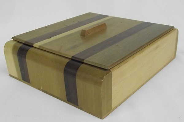 Laminated  Wooden Jewelry  Box With Lid